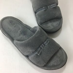 Isotoner Grey Slippers Size 9.5-10